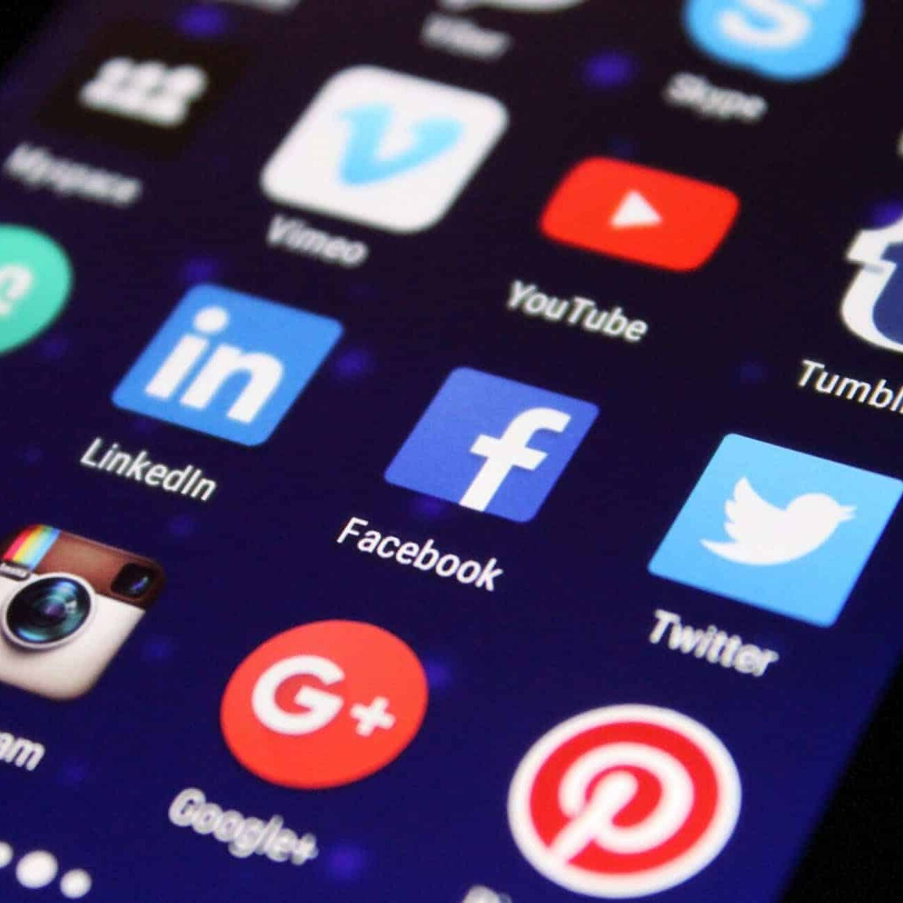 Social is NOT a Place To Sell